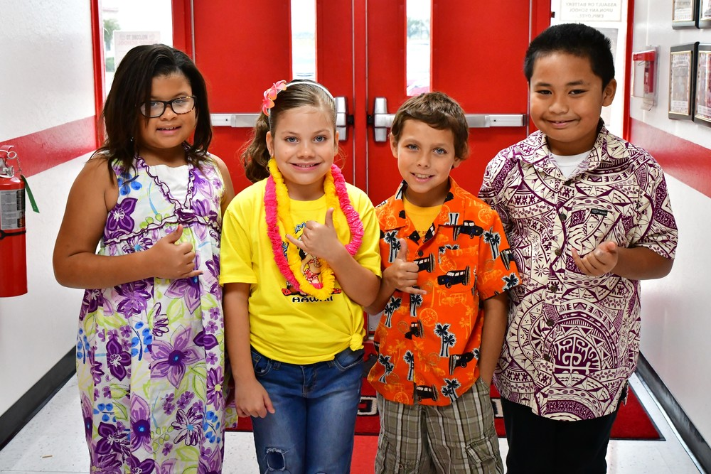 RED RIBBON WEEK - HAWAIIAN DAY