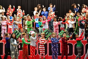 THIRD GRADE CHRISTMAS PERFORMANCE