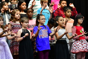 FOURTH GRADE THANKSGIVING PROGRAM